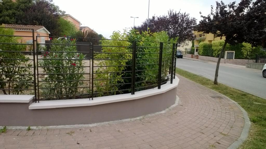 Cmc group realizzazione di recinzione parapetti for Immagini recinzioni